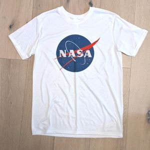 NASA T-shirt (Vintage Feel)